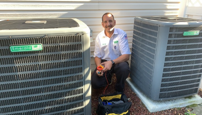 Jerry Kelly Air Conditioning Technician With Gauges